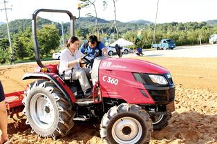 여성농업인의 '손과 발' 여성 친화형 농기계